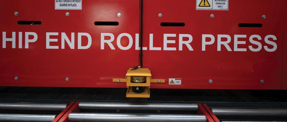 Fa 1348n Hip End Roller Flyer A4 2